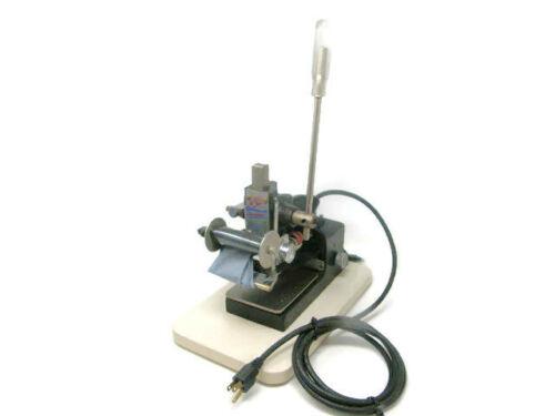 Howard Imprinting Co. Personalizer #150 Hot Foil Stamping/Printing Machine