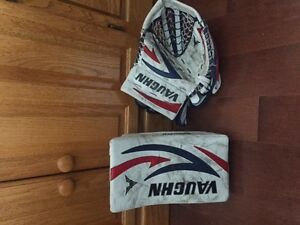 Vaughn Velocity V5 Goalie Gloves