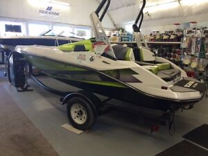 CLEAROUT SALE ON ALL SCARAB JET BOATS!