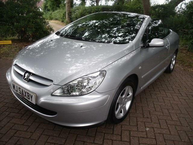 peugeot 307 cc coupe cabriolet petrol manual 2003 53 in henfield west sussex gumtree. Black Bedroom Furniture Sets. Home Design Ideas