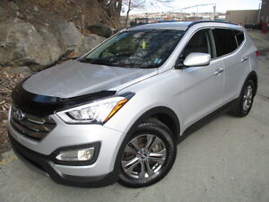 2014 Hyundai Santa Fe SPORT FRONT-DRIVE WITH ONLY 29000 KMS!!!