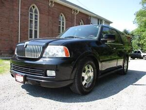 2005 Lincoln Navigator Ultimate ONLY 183K! SUPER CLEAN!