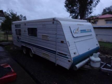 Jayco Freedom Caravan 18ft Dual Axel Double Bed, Oven, Fridge,