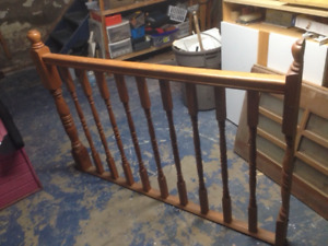 Solid wood railing with posts
