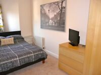 Double room in friendly Quayside Townhouse