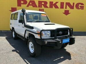 2012 Toyota Landcruiser VDJ78R MY10 Workmate Troopcarrier White 5 Speed Manual Wagon Winnellie Darwin City Preview