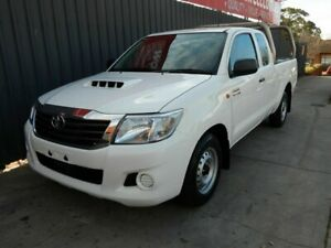 2014 Toyota Hilux KUN16R MY14 SR Xtra Cab 4x2 White 5 Speed Manual Utility Blair Athol Port Adelaide Area Preview