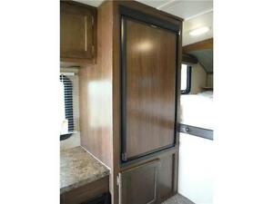 2017 Palomino Backpack HS6601 Luxury Truck Camper with bathroom Stratford Kitchener Area image 11