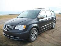 2011 Chrysler Town & Country Limited We Finance