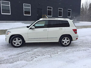 2010 Mercedes-Benz GLK-Class Loaded SUV, Crossover