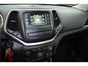 2015 Jeep Cherokee North 4X4 - U-Connect**LOW KMS**Keyless Entry Kingston Kingston Area image 11