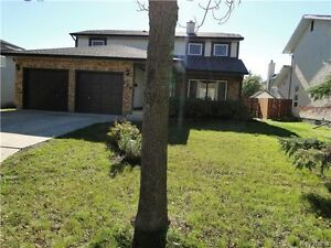 Great Family Home in Charleswood
