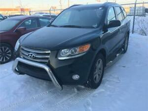2012 Hyundai Santa Fe SE  AWD...NOBODY GETS TURNED DOWN....