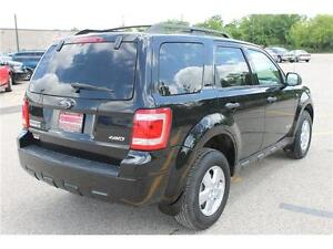 2008 Ford Escape *XLT* / V6 . 4WD . SUNROOF . POWER SEATS Kitchener / Waterloo Kitchener Area image 5