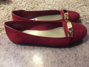 Size 10 red shoes