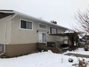 Penticton - Large 2 bedroom 2 bath upper suite near cherry lane