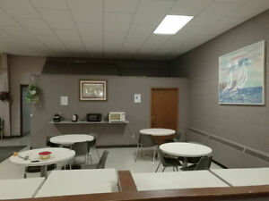 SHARED ROOM FOR RENT $275 INCLUSIVE IN STUDENT LODGING Windsor Region Ontario image 3