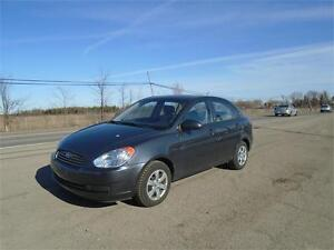 2009 Hyundai Accent GL-ONE OWNER-76,000 KM-DEALER SERVICED!
