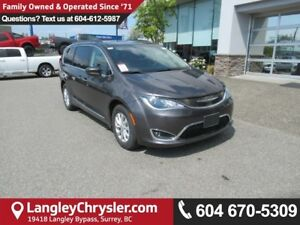 2017 Chrysler Pacifica Touring <B>*NO ACCIDENTS*X-DEMO*LOW KM...