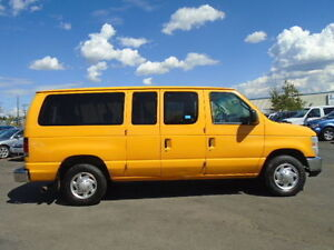 2010 Ford ECONOLINE-E350 SD XLT PASSENGER-ONE OWNER-ONLY ---84K