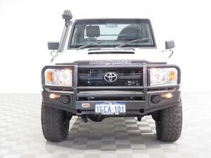 2011 Toyota Landcruiser VDJ79R 09 Upgrade Workmate (4x4) White 5 Speed Manual Cab Chassis Hillman Rockingham Area Preview