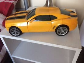 30cm lights, sounds and movement Bumblebee transformer