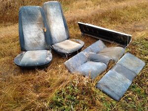 71-3 Mustang buckets console and rear fold down seat