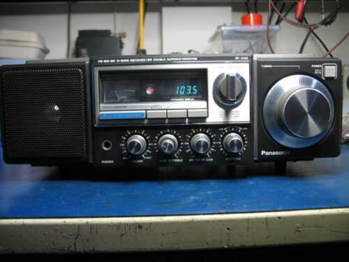 Panasonic FM-MW-SW 31 Band Receiver,Model RF-3100 SW Double Superhetrodyne,Works