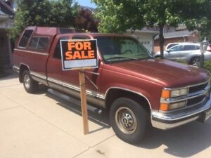 1998 Chevrolet Silverado Truck with Cab