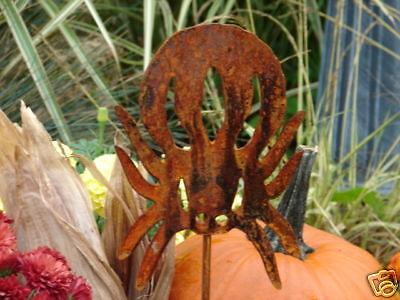 Halloween Garden Stakes (SPIDER HALLOWEEN METAL PLANT STAKE YARD GARDEN LAWN)