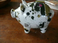 Design piggy bank.