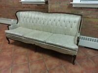 AWESOME ANTIQUE COOMBE SOFA FREE DELIVERY!!