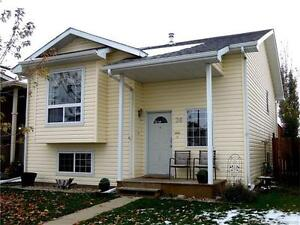 OPEN HOUSE: OCT 26 5:30 - 7:30 PM 36 ING CLOSE T4R 3H2