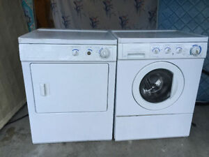 """Frigidaire gallery white 27"""" front load washer electric dryer"""