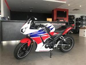 2015 HONDA CBR300R ABS!!$35.21 BI-WEEKLY WITH $0 DOWN!CERTIFIED!