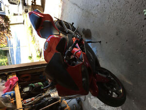 2007 Yamaha r1! Mint condition! Need sold ASAP!!