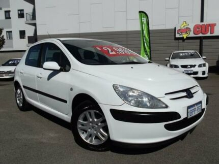 2004 Peugeot 307 1.6 White 5 Speed Manual Hatchback East Victoria Park Victoria Park Area Preview