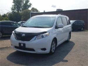 CLEAR OUT SPECIAL!! 2013 Toyota Sienna LE