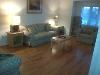 LARGE BRIGHT FURNISHED ROOM FOR RENT ***MISSISSAUGA***