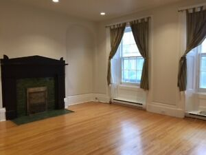 Spacious Victorian One Bedroom Unit - Available Now