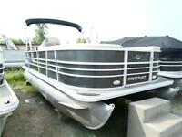 2015 Starcraft Stardeck 236 Cruise Pontoon Boat with a 60hp