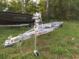 Remeq scissor lift pontoon trailer