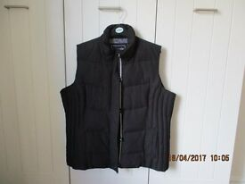 LADIES MARKS & SPENCER 'PER UNA' PADDED GILET