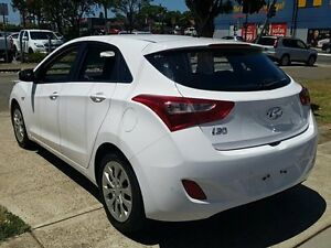 2015 Hyundai i30 GD3 Series 2 Active White 6 Speed Automatic Hatchback Five Dock Canada Bay Area Preview