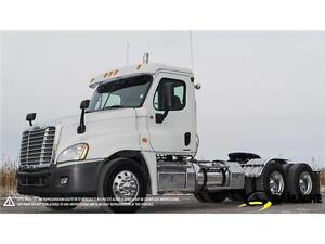 2012 FREIGHTLINER CASCADIA CA125DC À VENDRE / TRUCK FOR SALE
