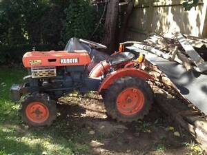 Tractor - Kubota 4WD inc plow Mittagong Bowral Area Preview