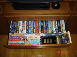 Collectibles VHS Collection [Children's] Gatineau Ottawa / Gatineau Area image 1