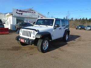 2016 JEEP WRANGLER UNLIMITED!!4900KMS!!LIKE NEW!!!