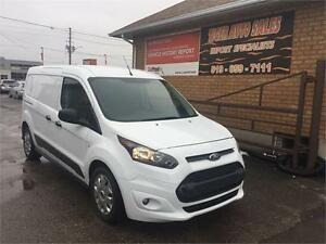 2015 Ford Transit Connect XLT**4 CYLINDER***ONLY 22,000 KMS***