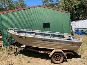 Boat and Trailer licensed 4.29m